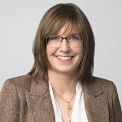 Marie-Eve Proulx, ministre déléguée au Développement économique régional et ministre responsable des régions de la Chaudière-Appalaches, du Bas-Saint-Laurent et de la Gaspésie–Îles-de-la-Madeleine