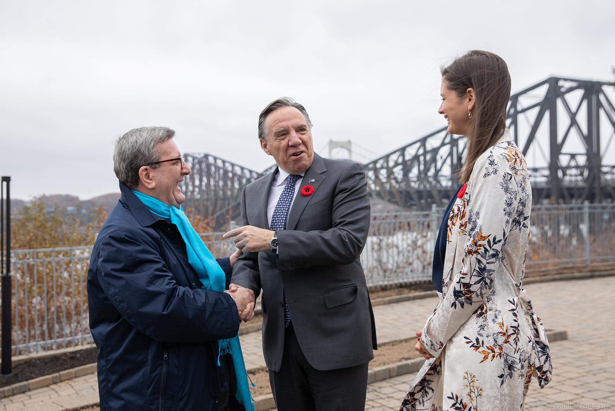 François Legault et Régis Labeaume s'entendent pour prioriser le réaménagement de la tête des ponts à Québec