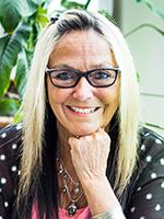 La lauréate, Mme Francyne McDonald